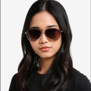 Quay Still Standing Aviator Sunglasses Black Smoke